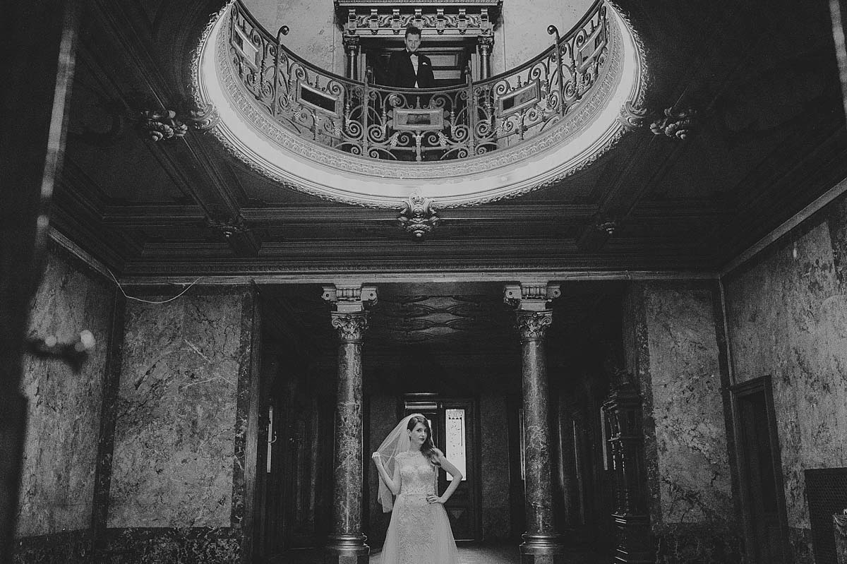 Rares Ion wedding photography, romania, black and white bride
