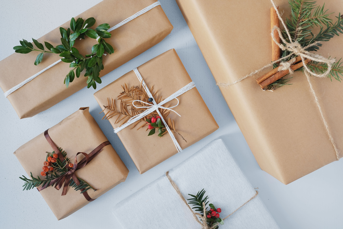 gift-ideas-for-photographers-wrapping