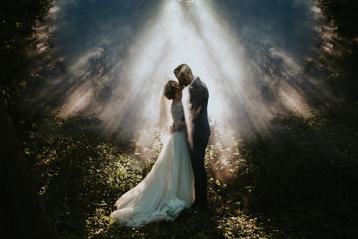 lukas-piatek-lookslikefilm founder-interview, light rays, smoke, wedding photography, epic