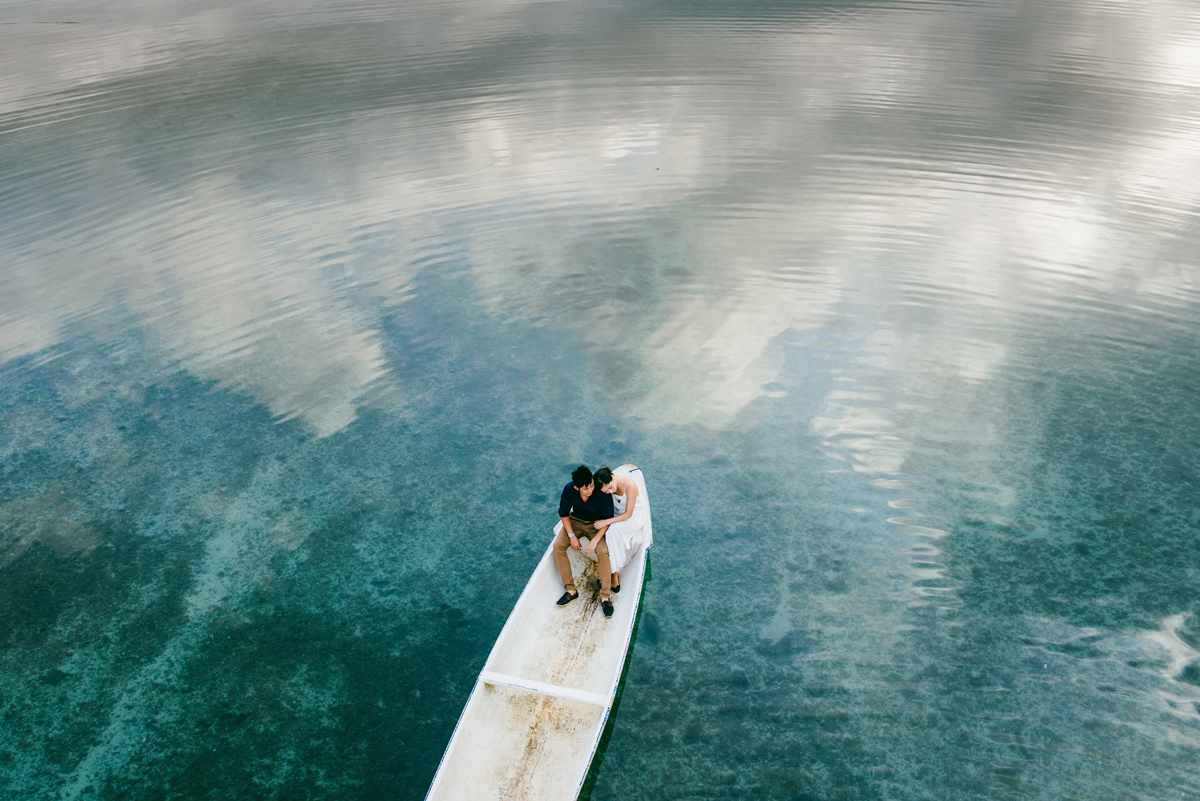 Diktatphotography weddings in Bali, top 10 best photoshoot locations in Bali - Lembongan Island, blue sky