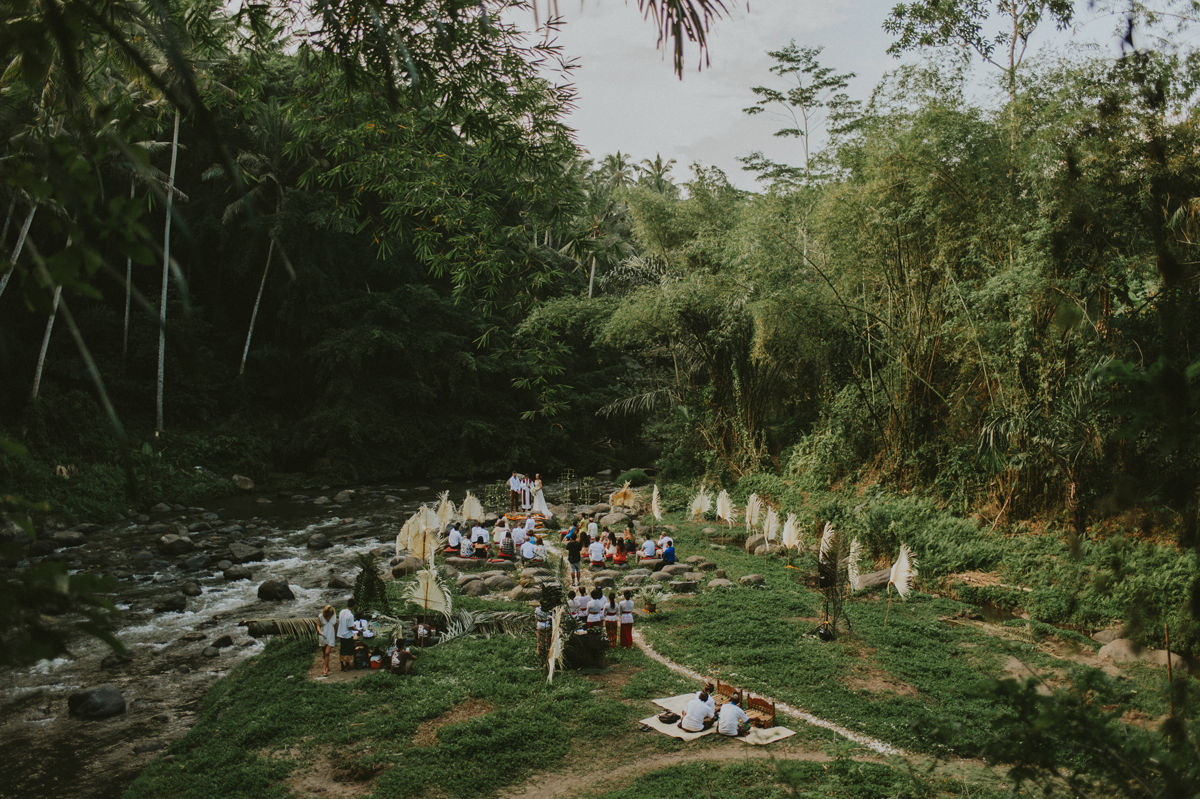 Diktatphotography weddings in Bali, top 10 best photoshoot locations in Bali - Riverside Wedding in Ubud - Bali, eco resort, greeen
