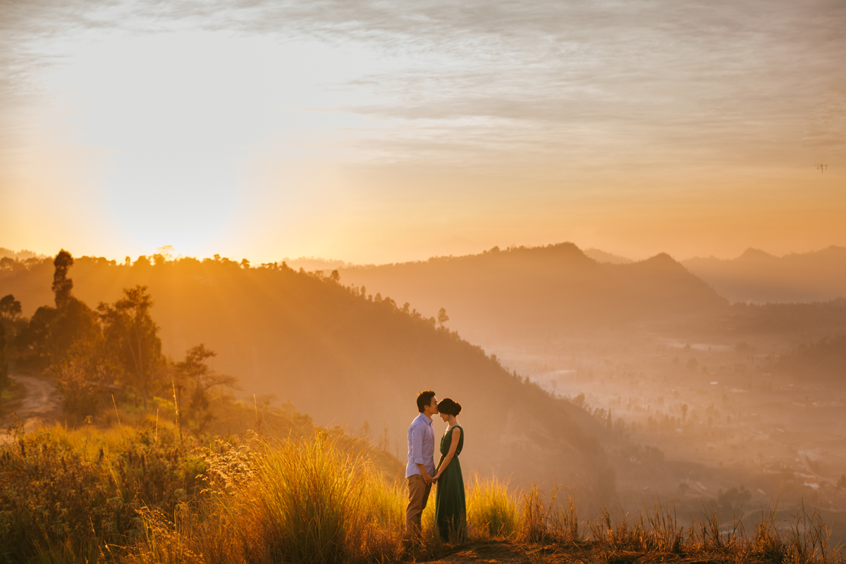 Diktatphotography weddings in Bali, top 10 best photoshoot locations in Bali - Pinggan Village, morning golden hour
