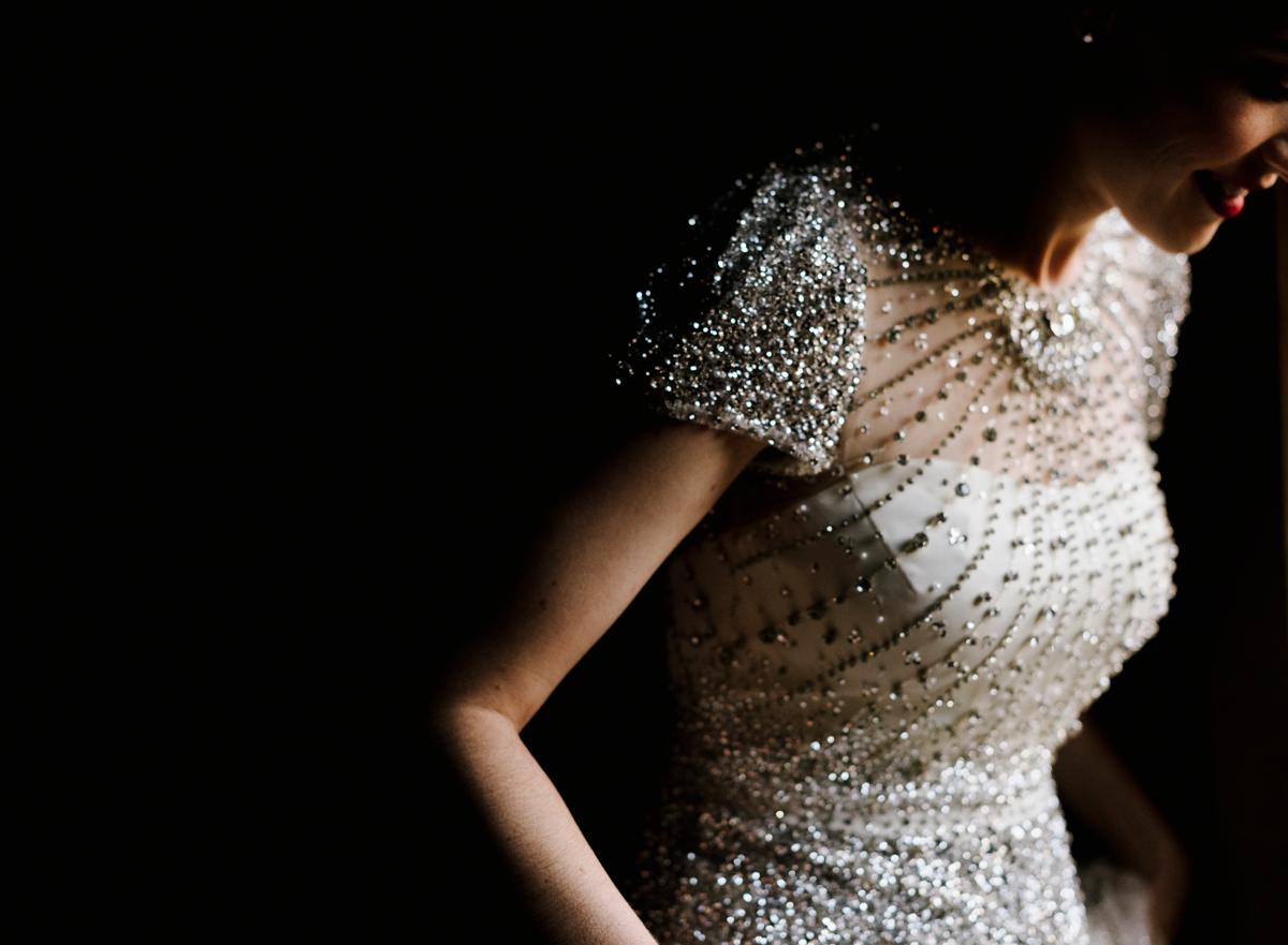 Thierry-JOUBERT-Photography-For-Flothemes-Interview, bride portrait, wedding dress