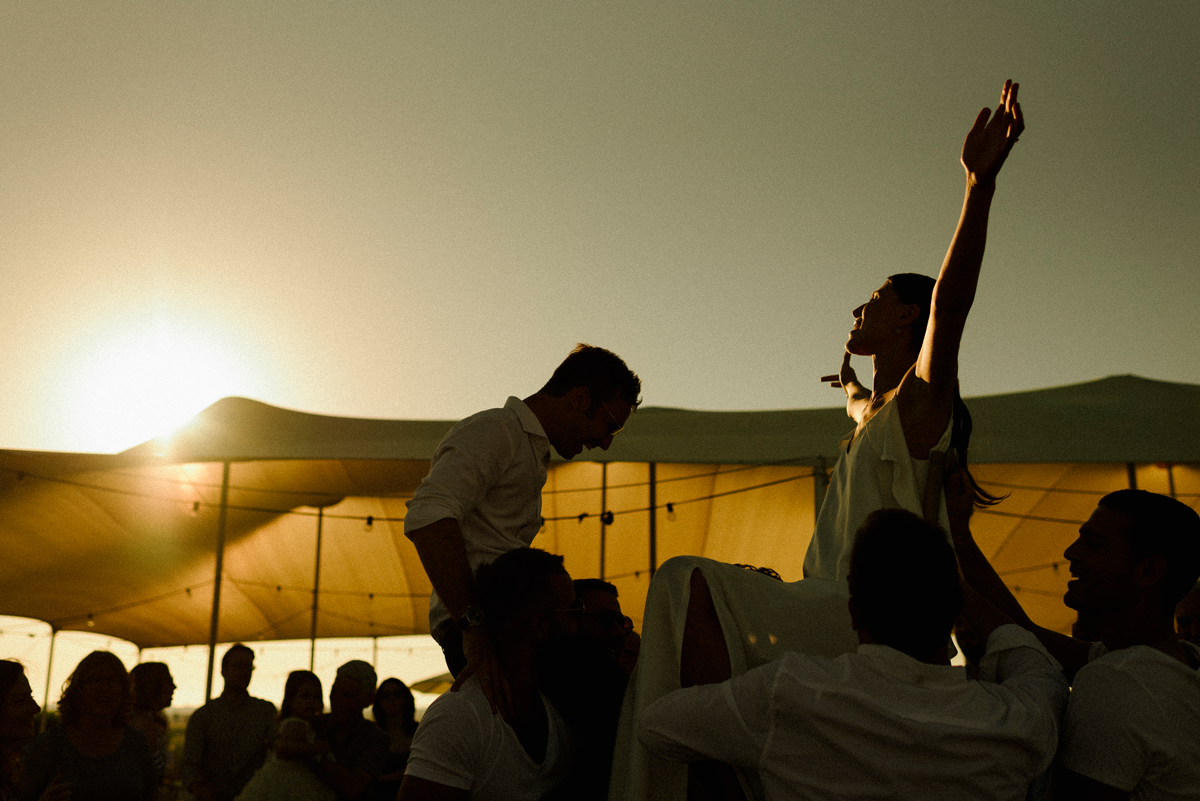 Thierry-JOUBERT-Photography-For-Flothemes-Interview, wedding sunset happy